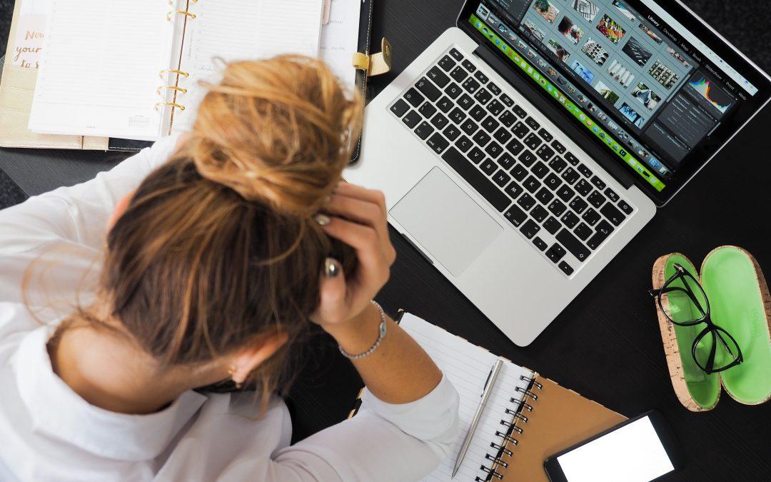Depășești deadline-urile? Iată cum te poți organiza mai bine la birou!